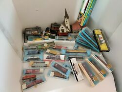 Train Lot Of Mixed Vintage Train Cars Atlas, Parkway, Bachmann Town Parts