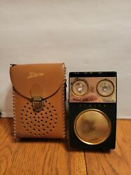 Vintage Zenith Royal 500 Eight Transistor Radio Case - For Parts Not Working