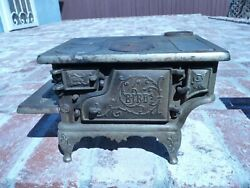 Antique Cast Iron The Bird Childs Play Toy Company Cook Stove / Range 1890s