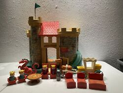 Vintage Fisher Price Little People Castle 993 Near Complete Dragon Wood People