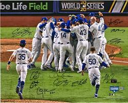 Dodgers 2020 Ws Champs Signed 16 X 20 Photo And At Least 6 Signatures - 220/220