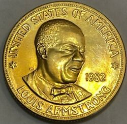 Us Mint American Arts Commemorative Series Louis Armstrong 1 Oz. Gold Medal 1982
