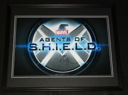 Joss Whedon Signed Framed 16x20 Photo Display Aw Agents Of Shield