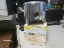 Nos Yamaha 2nd O/s 80.50mm Piston 1973 Dt2 Dt3 Rt2 Rt3 308-11636-01