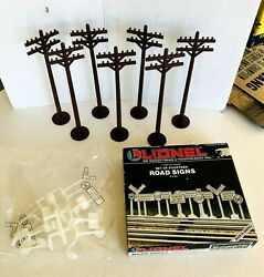 Lionel O Scale Seven 7 Telephone Poles 6-2181 And Road Signs 6-2180 In Org Box