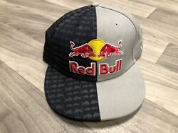 🔥 [formula 1] F1 Red Bull Racing Athelete Only Two Tone Fitted 7 1/4 Hat Cap