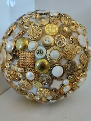 Vintage Buttons White And Gold W/rhinestone And Glass Bridal Bouquet Possibilities
