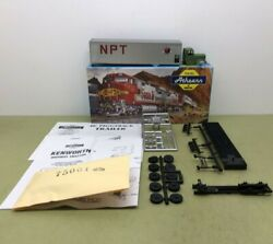 Athearn 40' Trailer With Kenworth Northern Pacific Npt - Nos Mib 136