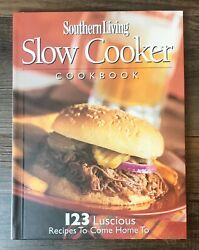 Southern Living Slow Cooker Cookbook 123 Recipes Desserts Chicken Stew B31