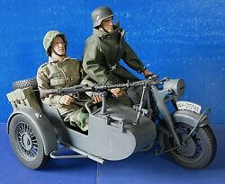 2000 21st Century Ultimate Soldier Motorcycle Side Car W 12 Action Figures