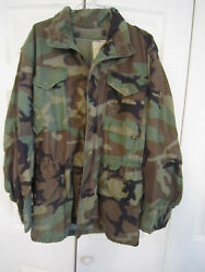Authentic Vintage Us Military Green Camo Jacket Usa