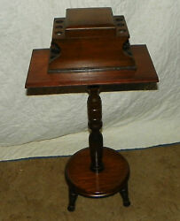 Vintage Walnut 6 Pipe Smoke Stand / Table With Pipetobacco Well T242