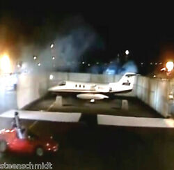 David Copperfield Disappearing Air Plane Close Up Jet Magic Vanishing Watch Demo
