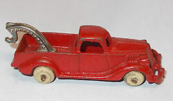 1930 s hubley cast iron toy wrecker tow