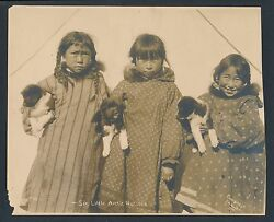 1904 Six Little Arctic Natives Eskimo Girls And Puppies Vintage Frank Nowell Photo