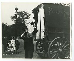 Ice Delivery Wagon - Vintage 8x10 Photograph - Chicago, Il