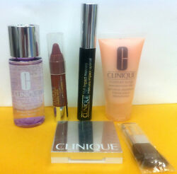 Clinique Moisture Surge And Makeup Remover And Mascara And Lip Colour Balm And Powder Bl