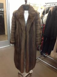 NATURAL RUSSIAN SABLE COAT SWIRLED SLEEVES FULL SKINS MINT CONDTION ROLLED CUFFS