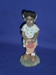 Vintage Black Americana Little Girl With Fruit Figurine By Young's 1994 5½inch