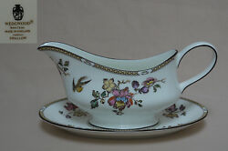 Wedgwood Swallow Yellow/brown Trim R4467 Gravy Boat And Stand