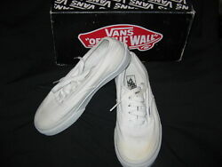 VANS Off the Wall White Canvas Lace Up Kids Sz 2 Sneakers IN BOX WORN ONCE