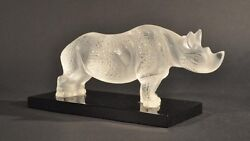 Lalique Crystal Frosted Glass Majestic Rhinoceros On Black Base Figurine Fs