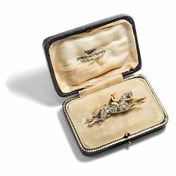 Speed of Light: Diamond Brooch One Jockeys with Horse um 1900  Diamonds Gold