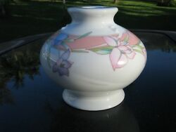Wicks 'n' Sticks Fiona Apricot Japan Large Candle Holder Ceramic Lily Flowers