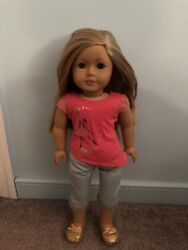 Pre Owned American Girl Of The Year Doll Isabelle And Clothes Good Condition
