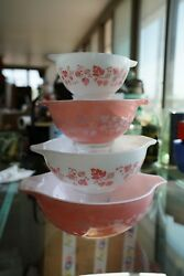 Pyrex Pink Gooseberry Cinderella Nesting Mixing Bowls Set of 4   Exc. Condition
