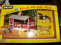 BREYER STABLEMATES RED STABLE SET~ITEM # 59197~2011 NIB~STABLE 2 HORSES