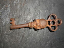 Antique Style Skull Head Iron Skeleton Key