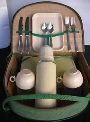 Picnic Set Vintage Car Picknick Basket Thermos Green Oldtimer Classic Accessory