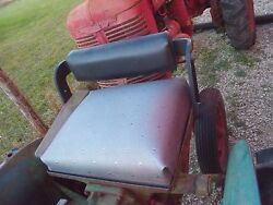 John Deere M Tractor Jd Deluxe Seat Assembly W/ Seat Cushion