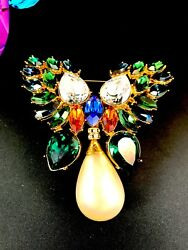 EXCEPTIONAL MASSIVE COUTURE CHRISTIAN DIOR BOUTIQUE RHINESTONE BUTTERFLY BROOCH