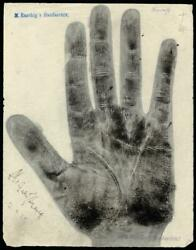RICHARD STRAUSS - HANDFOOT PRINT OR SKETCH SIGNED 04211925
