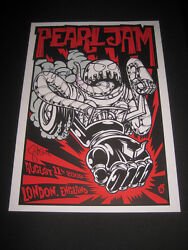 Pearl Jam Poster Signed By The Band Gig London England August 11 2009 Very Rare