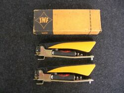 Nos Semaphores Swf Working Pair Winker Semaphore Volkswagen Vw - New Old Stock