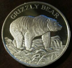 Grizzly Bear North American Wildlife Series 2 Troy Oz. .999 Fine Silver Round