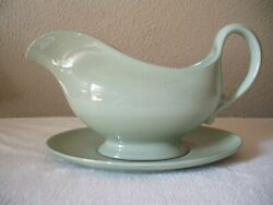 Spode England Flemish Green Celadon Gravy Boat W/ Under Plate Discontinued