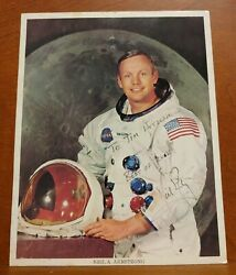 I33 Astronaut Neil Armstrong Signed 8'' X 10'' Official Nasa Color Photo