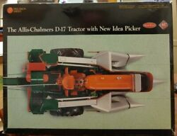 K70 Ertl Precision Series, The Allis-chalmers D-17 Tractor With New Idea Picker