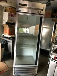 True Refrigerator- Commercial T-19g 19 Cu. Ft. Beverage Reach-in Good Condition