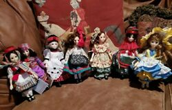 Suzanne Gibson Dolls From Reeves International Set Of 7 Doll House Dolls Collect
