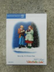 Dept 56 Snow Village Accessory Hurry Up Itand039s Picture Time Nib