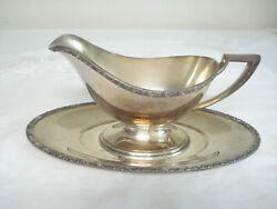 Vintage Wm A Rogers Berwick Silverplate Gravy Sauce Boat And Separate Liner Base