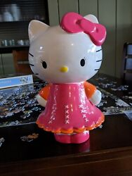 This Hello Kitty Bank Has No Chips, Or Scratches, Looks Great Not Sold Yet