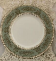 Wedgwood Columbia Sage Green China Dinner Plate 10 3/4