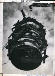 1950 Press Photo 25 Ton Section Of Atmospheric Fractionary Tower, Fawley, Eng.