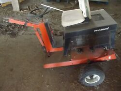 Tournament Greens Roller 8.0 Briggs Ohv Gas Motor 996 Hrs W/ Hitch Compact